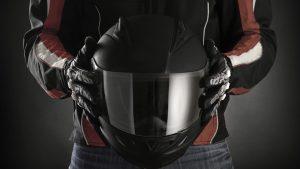 Casques motos intégrés : les fonctionnalités